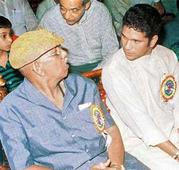 Sachin will live happily as long as he plays: Coach Ramakant Achrekar