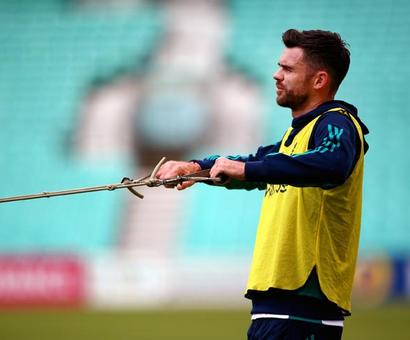 Injured Anderson misses out as England unchanged for India tour