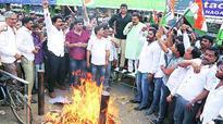Narayan Rane, Sanjay Nirupam taking centre stage upset many in Congress