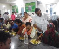 Odisha: Bhubaneswar Mayor makes surprise visit to Aahar centre