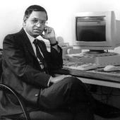 Narayana Murthy Remembers How It Took 3 Years And 50 Delhi Trips To Import A Computer!
