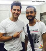 Hrithik Rohan meets Sa Re Ga Ma Pa winner on sets of 'Kaabil'
