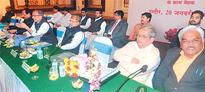 Indore: General Manager of Western Railway fails to satisfy MPs