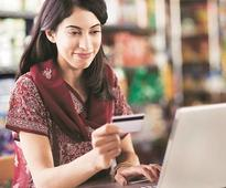 E-tailers, offline outlets tap each other for wider reach