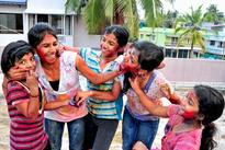 Bonhomie, revelry mark Holi celebrations in Kochi