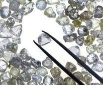 I-T raid on two diamond firms yields Rs 40 cr