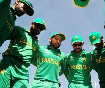 Pakistan Captain Sarfraz spurns bookie