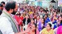 KCR pushing students to depression, says Uttam Kumar Reddy