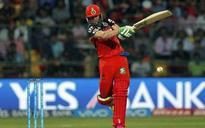 AB de Villiers overwhelmed after RCB roar into final