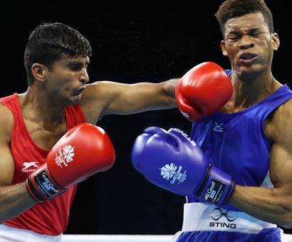 Kaushik, Solanki in boxing quarters of CWG