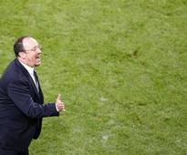 Napoli chief denies announcing Benitez capture