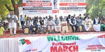 SDPI holds Parliament March, submits memorandum to President