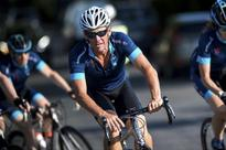 Lance Armstrong asks U.S. judge for summary judgement in lawsuit