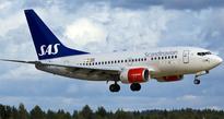 Swedish plane makes emergency landing after bomb threat