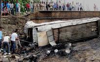 11 school teachers die in Thailand road accident