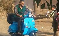 SEE PIC: 'Haryana Ka Sher' Salman Khan rides a scooter on the sets of Sultan