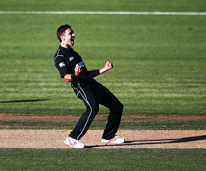 Boult bowls NZ to Chappell-Hadlee series win in thriller