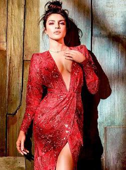 Priyanka, Alia, Nia, Disha: Who is the hottest?
