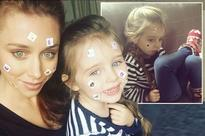 Una Foden and daughter Aoife get covered in matching 'cutie marks' in super sweet snap