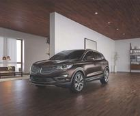 All New Lincolns to Get Standard Pickup and Delivery
