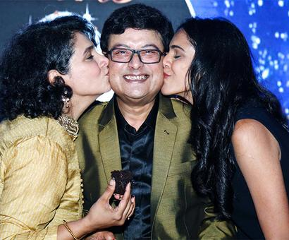 PIX: Sachin's 60th birthday bash