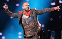 Viewers complain that Justin Timberlake's halftime Super Bowl show is marred by sound problems