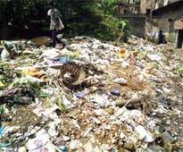Fancy Bazar residents move GMC over dumps
