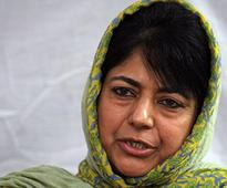 Mehbooba Mufti discusses Kashmir situation with Governor NN Vohra