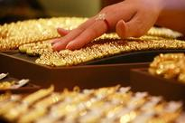 Asia Gold-Elevated prices curb demand in India, China