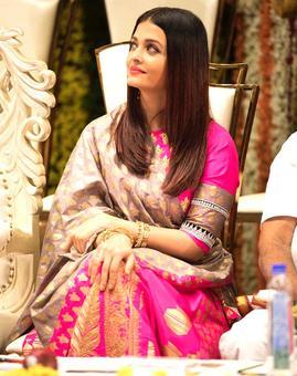 What are Aishwarya, Anushka, Janhvi up to?