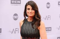 Idina Menzel to Star in 'Beaches' TV Movie for Lifetime