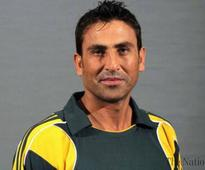 Younus recovering, Basit admitted to hospital