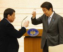 Duterte exposes his 'opportunistic' attitude in meeting with Abe (2016/10/27)