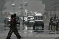 Heat wave sweeps across North India, Delhi sizzles