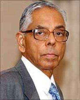 Have no role in chopper deal: Fmr NSA Narayanan