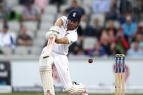 Unchanged England bat under cloudy skies