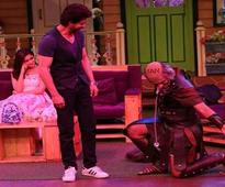 SRK confesses his love for Sunil Grover; the
