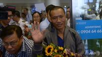 Joy as Vietnam hostages return from Somali pirate ordeal