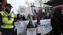 Bosnia Judicial Authorities Uphold Hijab Ban, Despite Protests