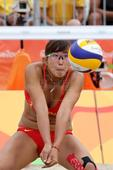 Brazil downs China in beach volleyball, goes on to quarter-finals