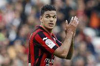 France forward Hatem Ben Arfa shuns Barcelona to sign two year Paris Saint-Germain deal
