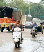 FC Road barricades vanish, commuters in major confusion