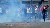 Kashmir unrest: At least 17 people injured in fresh protest in Shopian