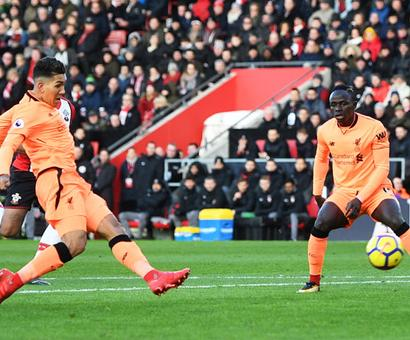 EPL PHOTOS: Liverpool down Saints 2-0; Newcastle shock Manchester United