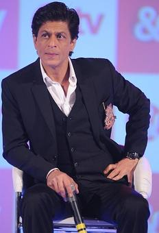 Honorary Urdu doctorate for SRK