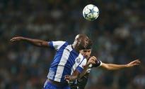Arsenal transfer news: Arsene Wenger weighing up move for Porto midfielder Danilo Pereira