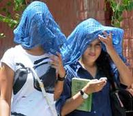 Heat wave continues to sweep Punjab, Har..