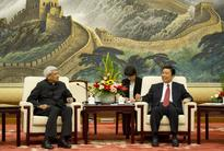 Chinese VP meets senior Indian communist Karat