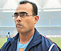 Indian football coaches should try abroad: Savio Medeira