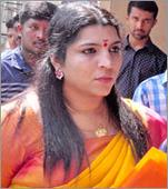 Saritha cries in between secret trial, hearing suspended